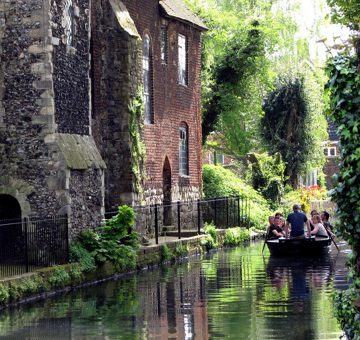 Canterbury, England (by peet-astn) I wanted to do this while we were there!! :(