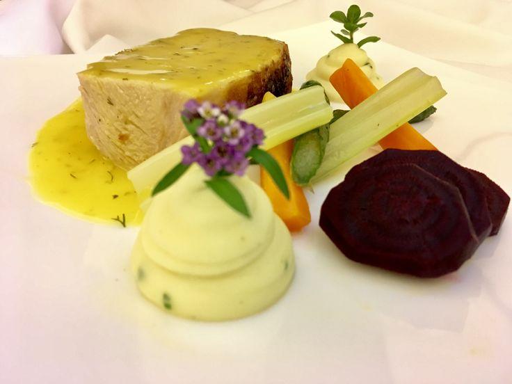 Μια εορταστική συνταγή, ιδανική για το πρωτοχρονιάτικο τραπέζι, που αρέσει σε μεγάλους και μικρούς, μας προτείνει ο σεφ Κώστας Κωβαίος.