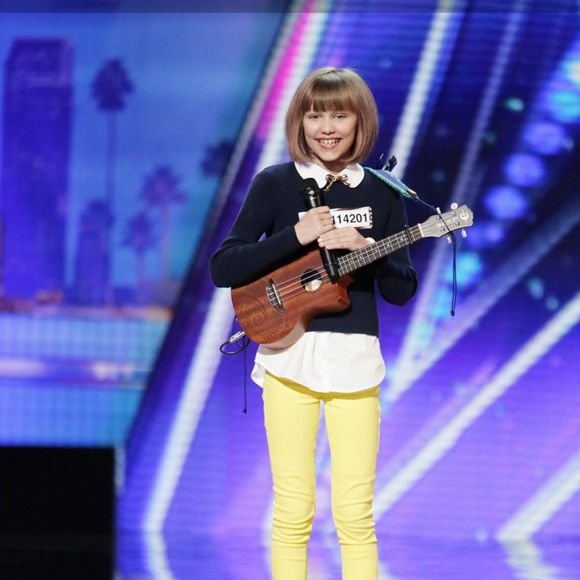 Le BUZZ - Grace VanderWaal est la prochaine Taylor Swift selon America's Got Talent | HollywoodPQ.com