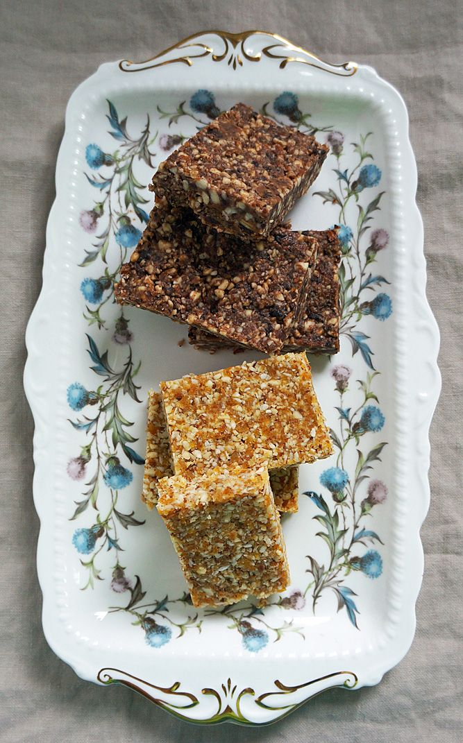 Homemade Granola Bars - no bake and easy to whip up in a food processor. Gluten free.