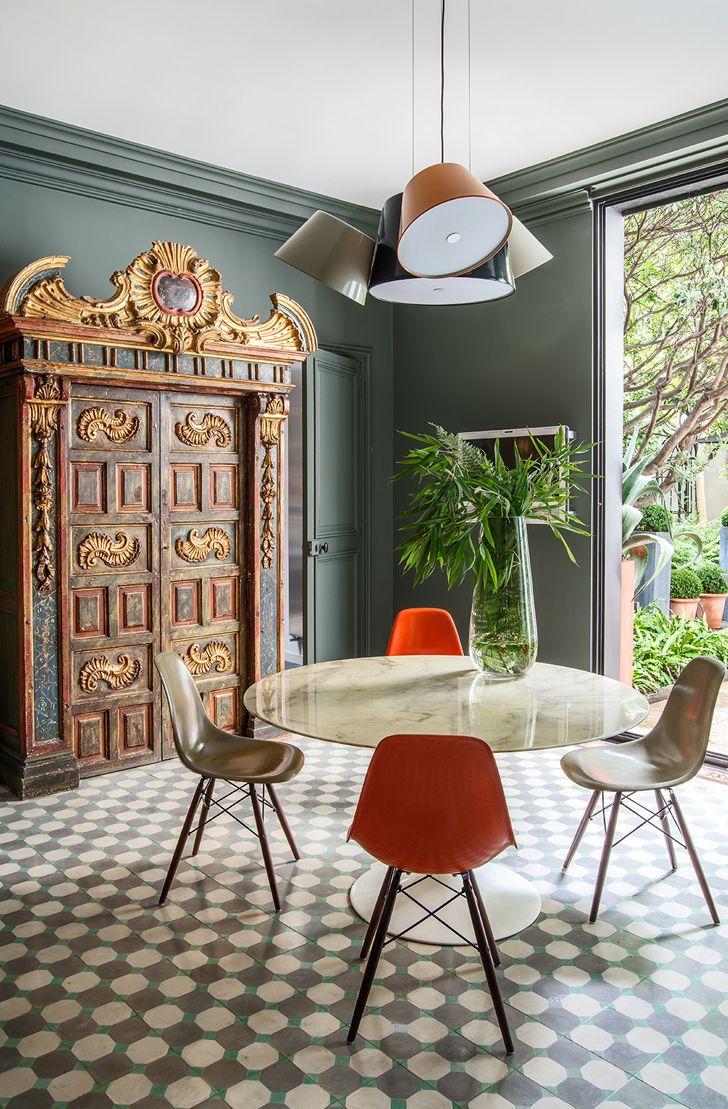 Vintage Door Pattern Tile Floor Interior Design