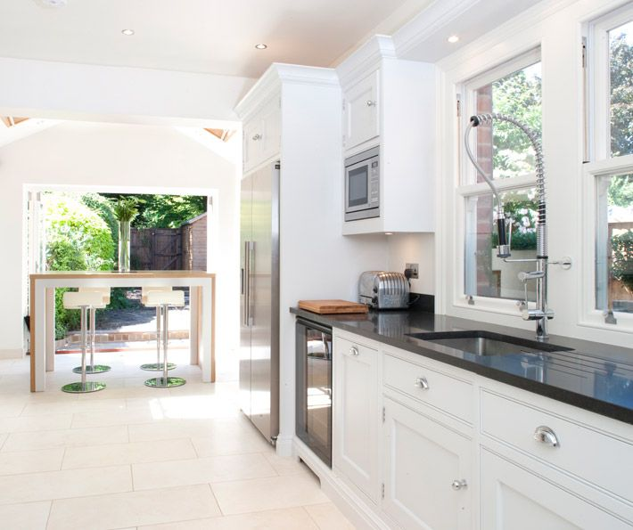 Contemporary Open Plan Kitchen - Bespoke Kitchens - Tom Howley. Light flooring and kitchen