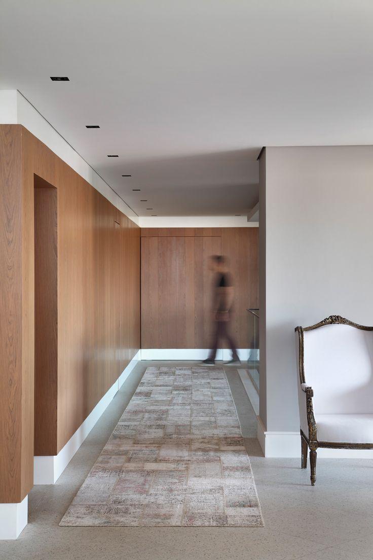 Clean Interior Designed By Guilherme Torres.