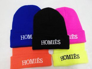 1Pcs Hot Selling New HOMIES Style Fashion Men Women Skull Beanie Hat Winter Fall Hiphop Warm Cap € 2,83