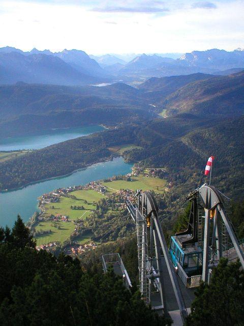 Herzogstandbahn - Walchensee. Den passenden Koffer für eurer Reise findet ihr bei uns: https://www.profibag.de/reisegepaeck/