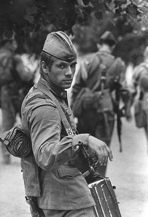 «Солдат», 1973 год. © Владимир Вяткин. 40гениальных советских фотографий