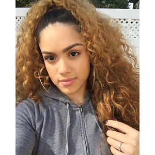 light skin of females Pics