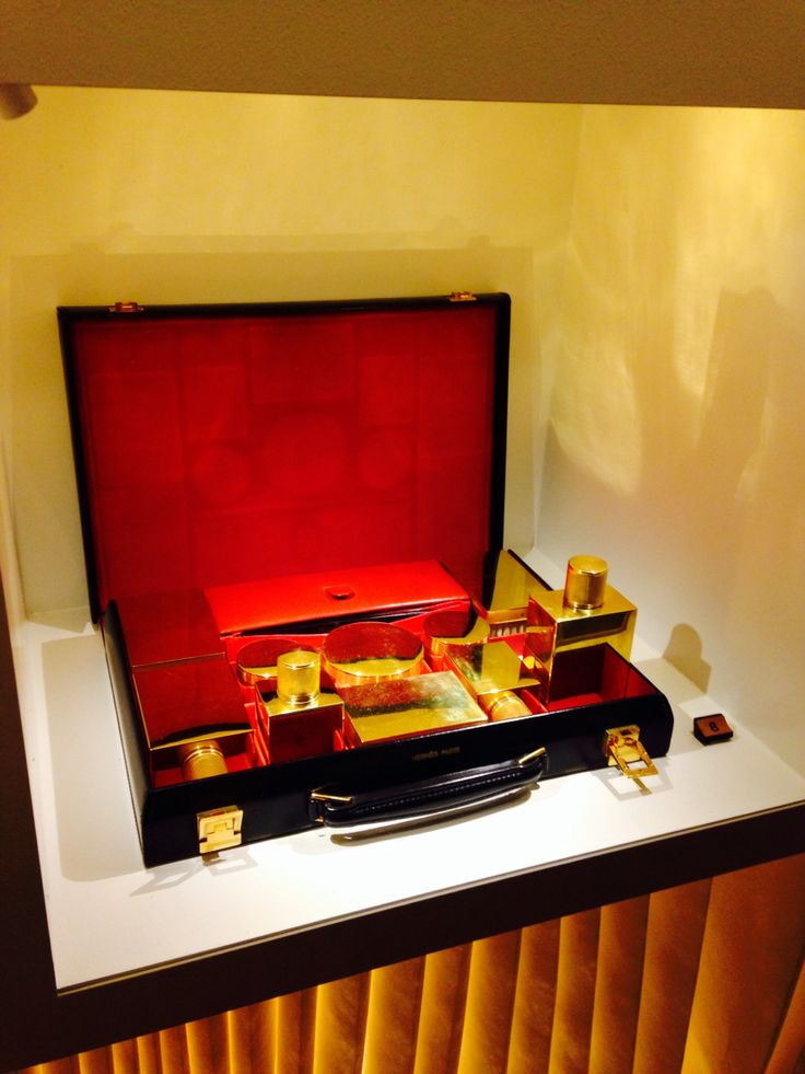 beautiful set box @Hermes Lether forever exbition in Tokyo