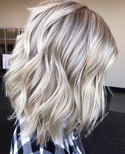 25+ Super Short Haircuts für lockiges Haar