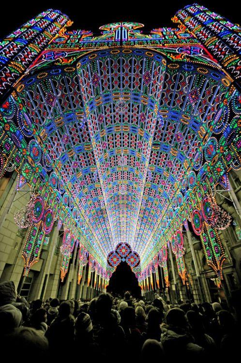 Cathedral made entirely of lights at the Luminaire De Cagna in Ghent Belgium: Ghent Belgium, 55 000 Led, Favorite Places, Trav'Lin Lights, 2012 Lights, Art, Lights Festivals, Lightfestiv, Led Lights