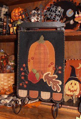 Fall art: Country Loft, Quilts Image, Wool Applique, Http Quiltingimag Com Pumpkin, Quilts Sources, Crafts Stuff, Autumn Colors, Wool Quilts, Pumpkin Click