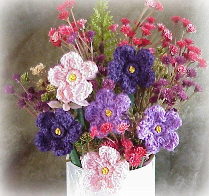 24 best Crochet Flowers images on Pinterest | Crocheted flowers ...