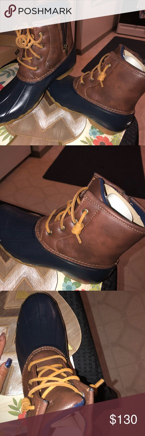 Sperry Duck boots! NEVER worn, wrong size. Size8 Size 6men size 8 women! Never worn before just the wrong size!! Super cute Sperry Shoes Winter & Rain Boots