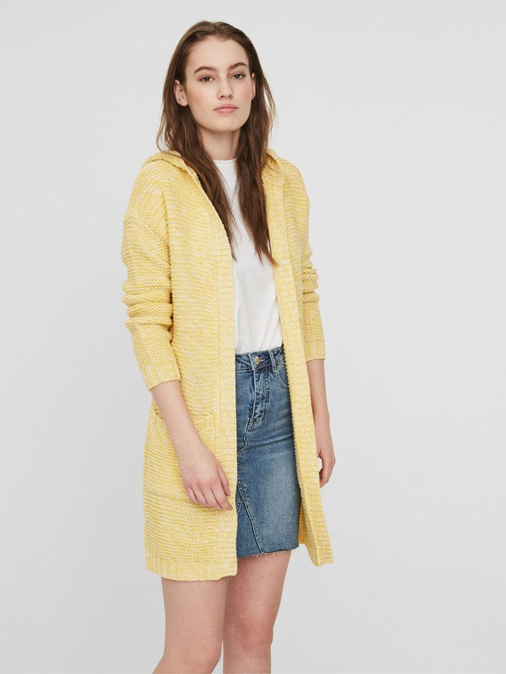 Z2018  Long knitted cardigan   No closure   Rib at the wrists and edges   With a hood   Loose fit   Pockets at the front   Length: 75 cm in a size S   The model is 180 cm tall and wearing a size S