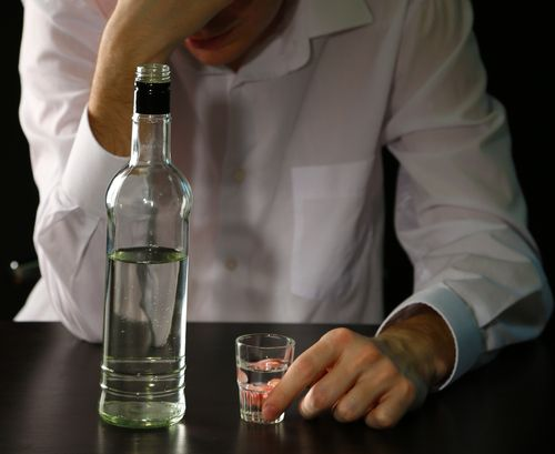 10 Signs of Alcohol Abuse: When Drinking Becomes a Problem