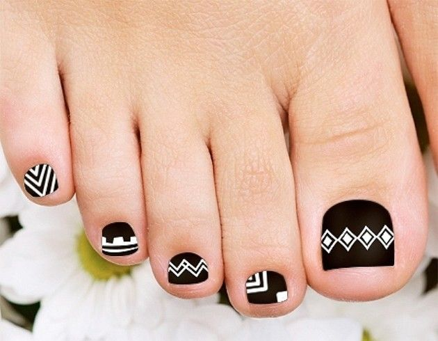 Best 25 tribal toe nails ideas on pinterest tribal toes cute 35 easy toe nail designs that are totally worth your time prinsesfo Gallery