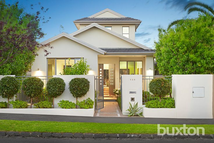 BRIGHTON 109 Male Street  Family Focused Luxury with Coveted Convenience Contemporary luxury characterises this immaculate Architect designed 4-bedroom plus study, 2.5 bathroom residence with its impressive spaces and quality finishes complemented by highly coveted convenience.  #sold #propertiessold #brighton #victoria #australia #buxton