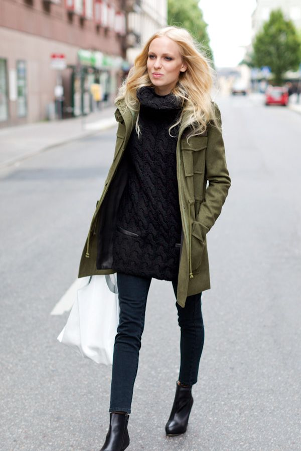 how to wear a green jacket