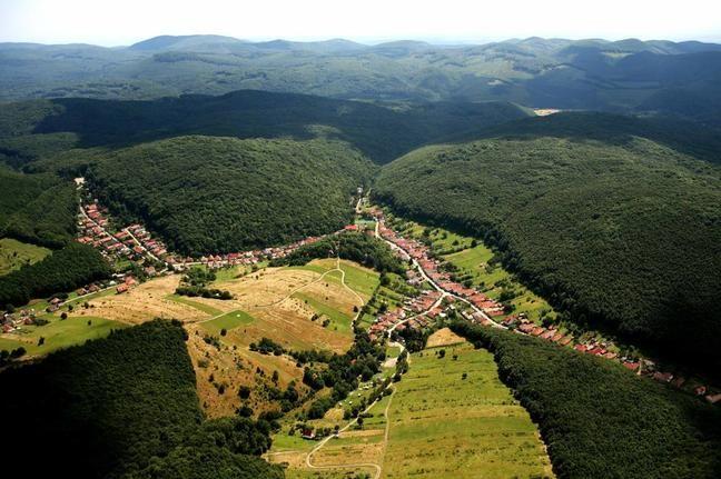 Magyarország 15 mesebeli helyszíne