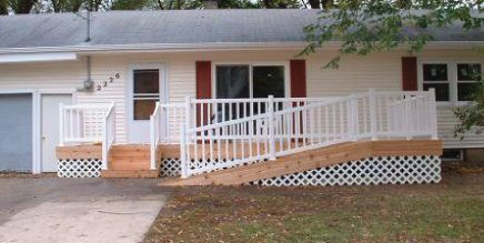 How to Build a Deck Ramp.  this would be nice on my rental.