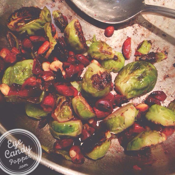 Brussel sprouts, cranberries, garlic & almonds (vegan, gluten-free)