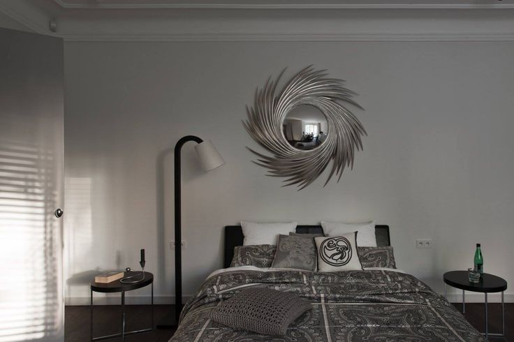 Beautiful round, decorative mirror available at MOOD showroom, Warsaw. Bedroom designed by Warsaw based studio Mood Works-Karina Snuszka and Dorota Kuć. #mood #moodworks #roundmirror #mirror #beautifulbedroom