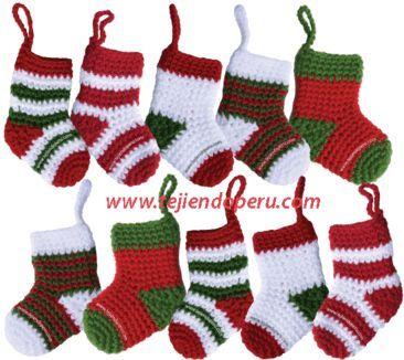 botitas o medias de Navidad tejidas a crochet - Christmas socks