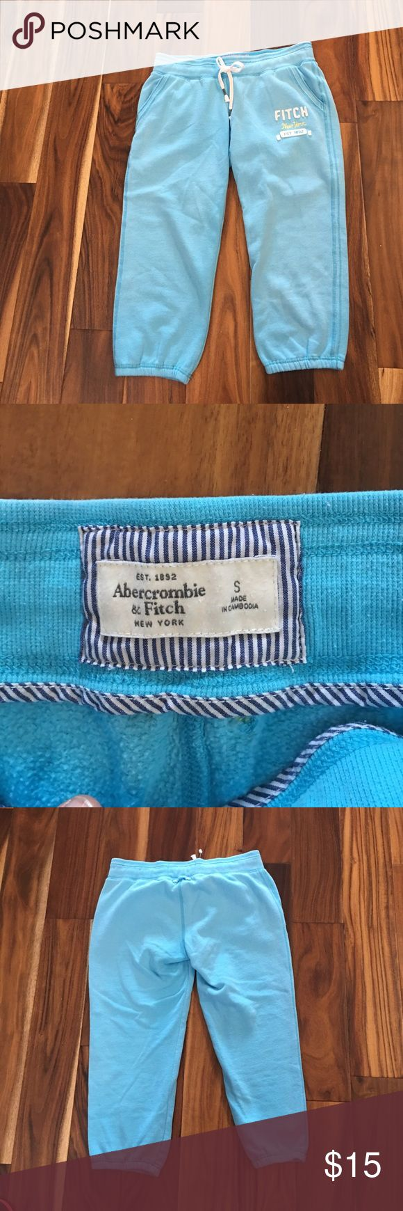 Abercrombie Fitch crop sweatpants Great condition no tears or stains Abercrombie & Fitch Pants