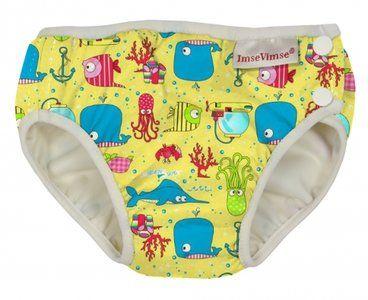 Zwemluier van Imse Vimse, kleur is geel met een zeedieren printje. #baby #zwemluier