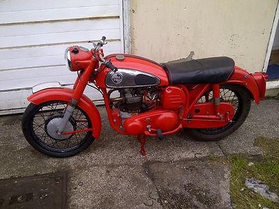 Seen on Ebay: NORTON DOMINATOR 99  1959 matching numbers and original reg