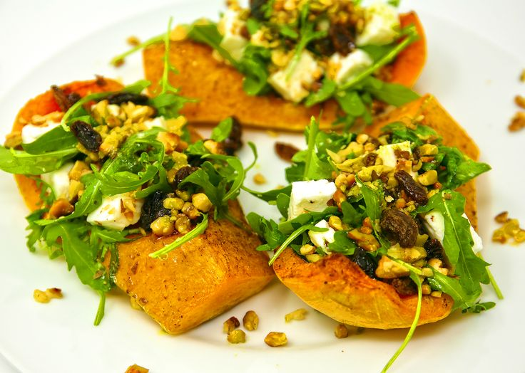 Warm up on a cold day with our Roast Pumpkin, Feta, Walnuts & Rocket Salad🍁🧡🍂
