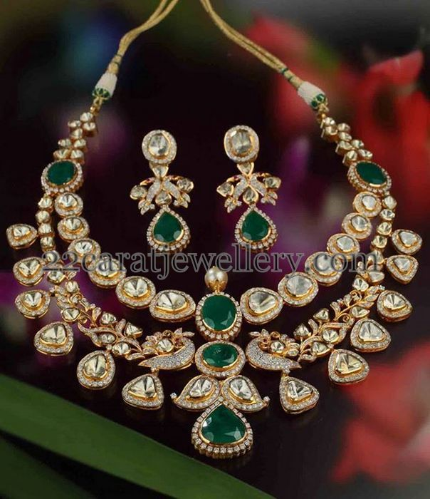 2 Layers Polki Emerald Set | Jewellery Designs