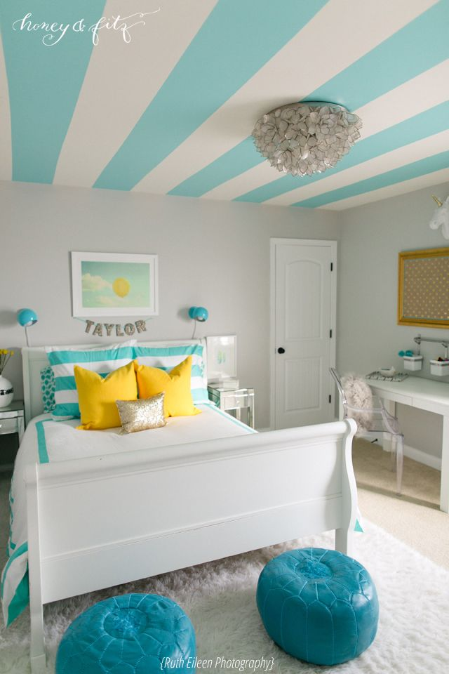 Tween Bedroom with Turquoise Striped Ceiling {by @Dina @ Honey & Fitz}: Teen Bedrooms, Paintings Ceilings, Striped Ceiling, Colors, Girls Bedroom, Tween Bedrooms, Girls Rooms, Bedrooms Ideas, Stripes Ceilings