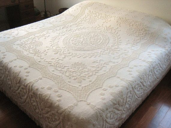 Quilt Blanket Hobnail Textured Bedspread Coverlet White