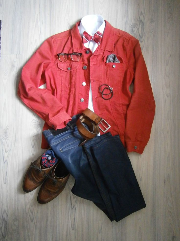 red jeans jacket / blue jeans / white long arm shirt / red bowtie / floral handkerchief / tobacco wingtips full brogue / tobacco leather belt / red blue socks / accesoires