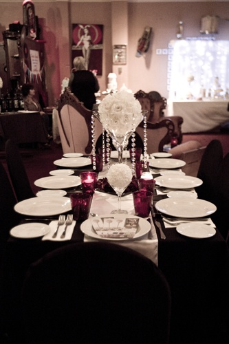 #martiniglassvase #vase #centrepiece #roses #candles