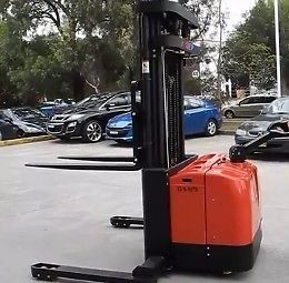NEW 1.6 TON ELECTRIC STACKER FOR SALEWith:4500mm Lift HeightRide onBuilt in battery and chargerPRICE PER UNIT (EXCLUSIVE OF V.A.T.):  R149 000.00Ex stock, subject to no prior sale. 1 Year Warranty.  For further information, or a detailed quotation, on this or any of our products please contact 082 733 6650 or e-mail christelle@manhand.co.za.MANHAND:  Forklifts, Stackers, Pallet Trucks and General Equipment.