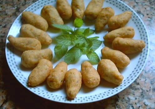 Falafel: croquetas vegetarianas. Un toque de exotismo para estas deliciosas y nutritivas croquetas de garbanzos típicas de la cocina libanesa y muy popular en todo oriente medio.