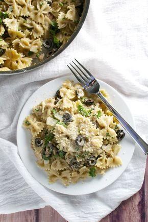 Φαρφάλες με τόνο, σκόρδο, ελιές | iefimerida.gr