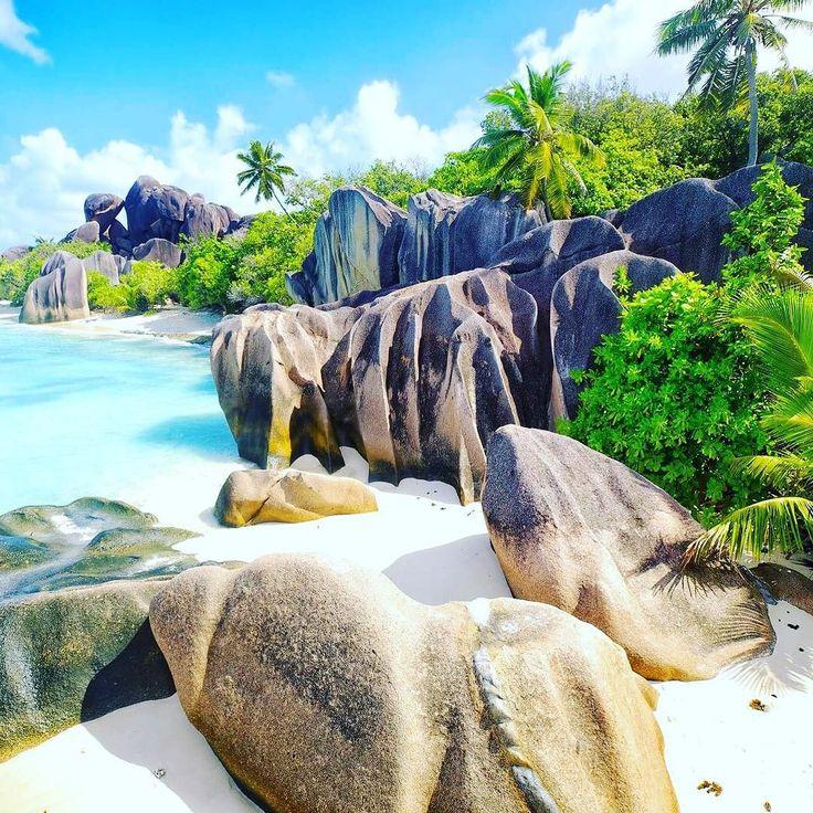 Rajskie Seszele  #seychelles #seszele #paradise #beach #beautiful #awesome #podróż #podróże #podróżnik #wakacje #raj #travel #traveler #traveluje #travelpic #travellife #travelplanet