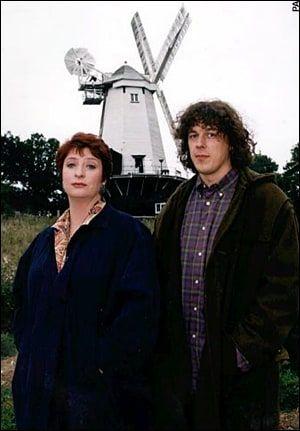 Jonathan Creek stars Caroline Quentin and Alan Davies