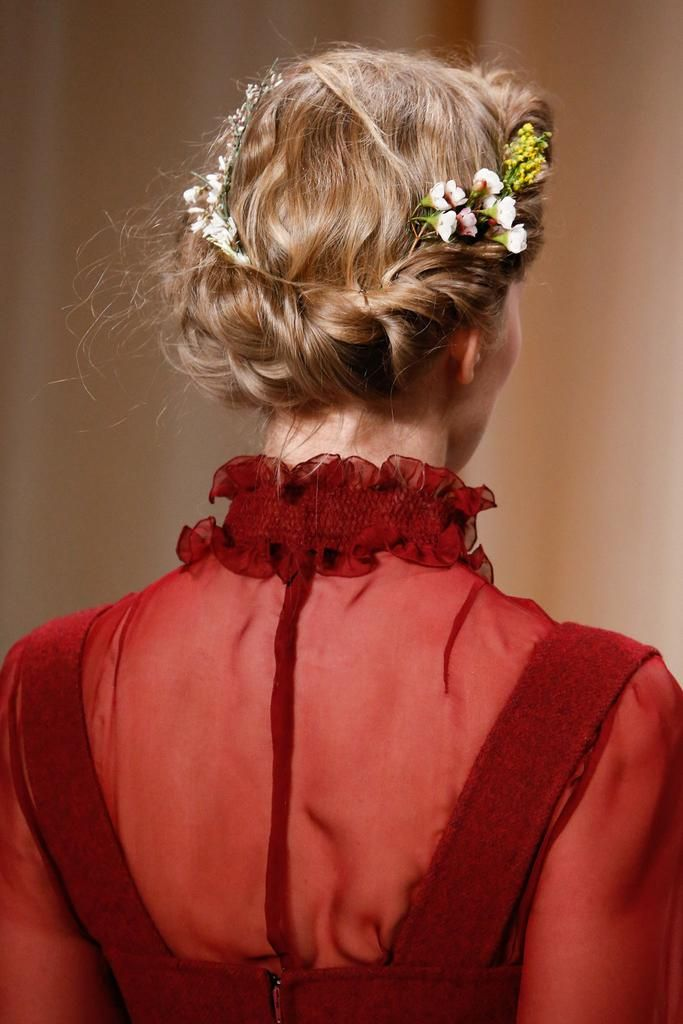 Twisted braid at Valentino Spring 2015 Couture - Collection - Gallery - Style.com