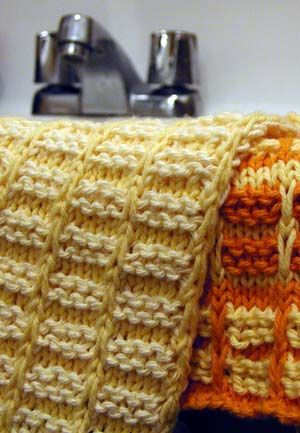 T H E . T H R I F T Y . K N I T T E R » Blog Archive » FREE PATTERN: Cotton Dishcloth/Washcloth