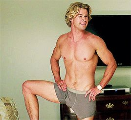 And THIS happened. | 32 Times Chris Hemsworth Made You Pregnant Without Even Touching You