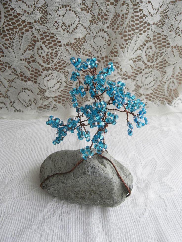 Stromeček štěstí tyrkysověbílý