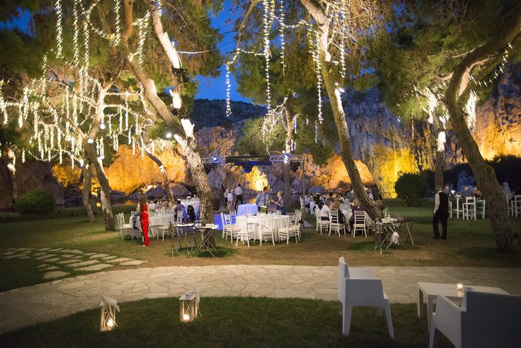 - https://weddingingreece.com/10-reasons-use-wedding-planner-greece/