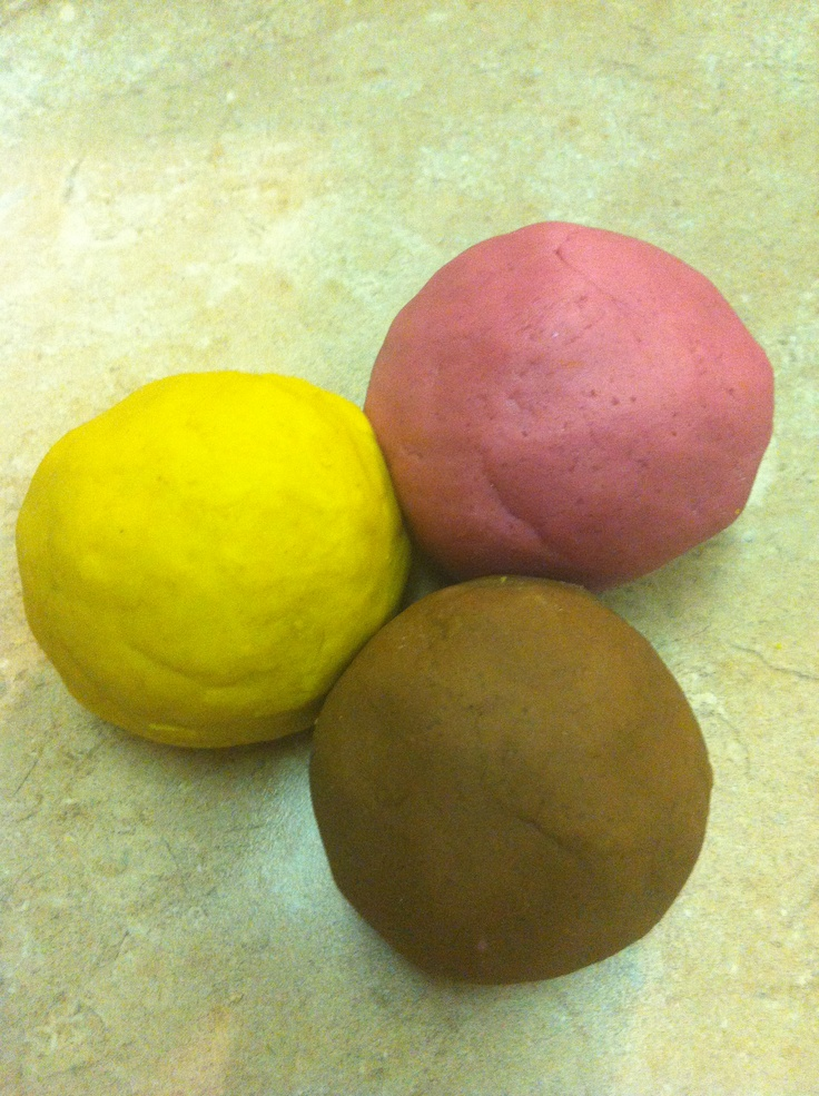 Play dough with natural dye