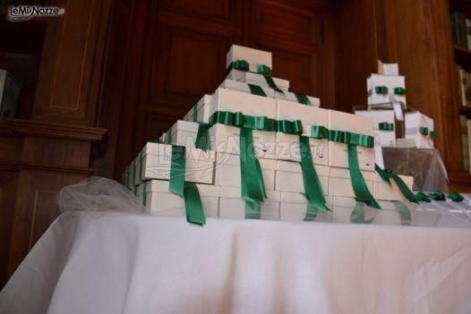 Tavolo delle bomboniere matrimonio con fiocchi #verde smeraldo
