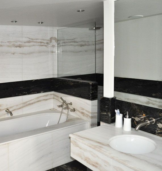 plage de baignoire marbre 570 pierre interieur. Black Bedroom Furniture Sets. Home Design Ideas