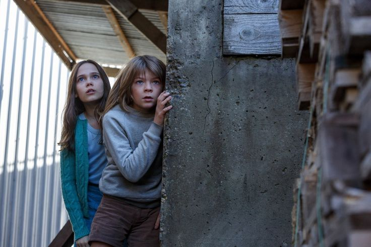 Oakes Fegley and Oona Laurence stars in Pete's Dragon